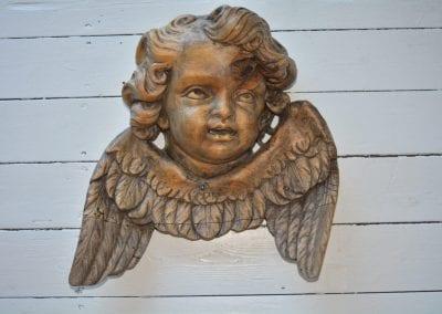 Laat 19e eeuws uit eikenhout gesneden engel.